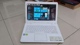 Laptop Asus X441UB i3-6006U / Nvidia MX130 / HDD 1000 Gb