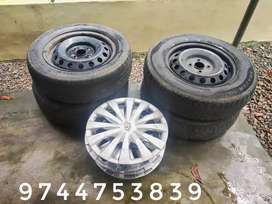 4 Tyres with disc and 4 Original wheelcup for sale