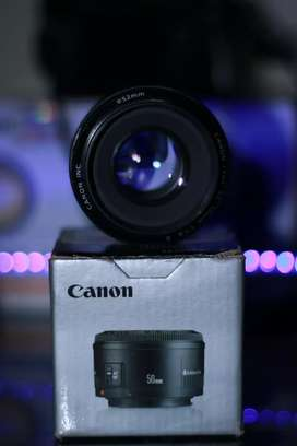 Canon 50mm 1.8 Lens With Box
