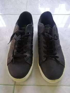 Sepatu casual Adidas neo size 42 Original