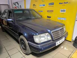 W124 e220 Mercedes