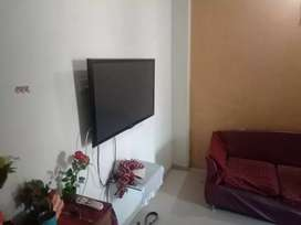 Apartment available on heavy deposit of 250000