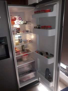 Samsung No Frost side by side refrigerator