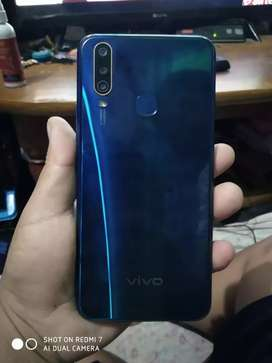 Vivo y15 for sell only 4 months ram 4 gb Rom 64