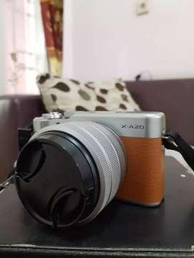 Mirrorless Fujifilm XA20