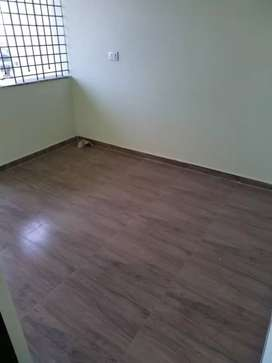 200 SQft old ring road touch shop for sale