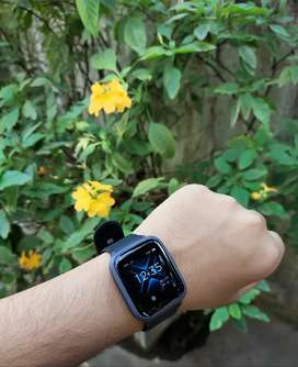Boat Storm Smart watch with free screen guard