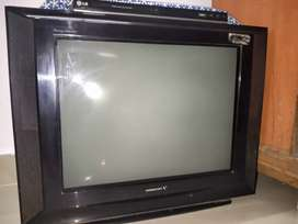 selling my videocon tv perfect condition