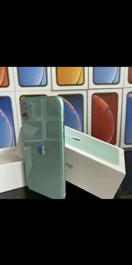 Apple Iphone refurbished  with accessories & 1 year warranty