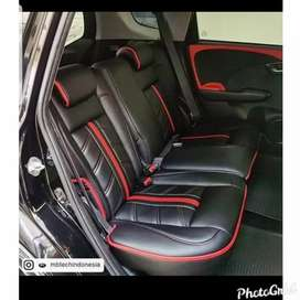 Sarung / Cover Jok Mobil Oscar Ferari Mbtech Semibekleed