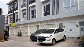Rumah mewah cluster 3 lantai harga termurah di Cengkareng Jakbar