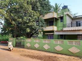 3bhk bunglow near posh school in navelim 23 years I in good  condition
