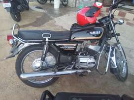 Rx 100 newly painted and complete engine and other works done