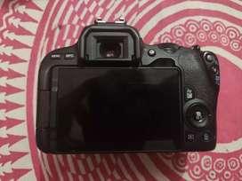 Camera 200d