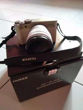 Dijual camera mirroless fujifilm x-a10