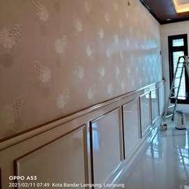 Menerima jasa pasang wallpaper dinding bandar jaya dan sekitarnya