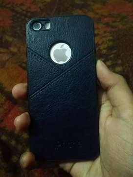 IPhone 5s very good condition with charger, box and bill