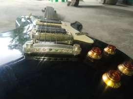 Electric guitar lupa 7000, fixed price, tabagi wadi hairak anu