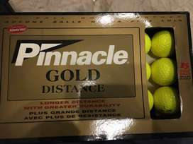 Golf ball by pinbacle Gold edition