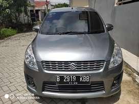 Dijual Suzuki Ertiga GX M/T 2012 Abu abu Metalik