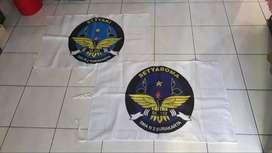 pusat buat bendera satuan giant flag bijian sticker umbulumbul spanduk