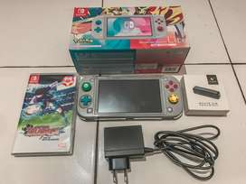 Dijual sepaket baru seminggu beli nintendo switch lite pokemon editon