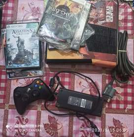 Xbox 360 touch system 250 gb storage   10/10 condition