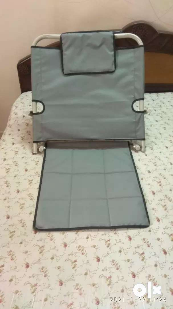 Back Rest for use on Bed or Back Support/Recliner. 0