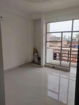 1 BHK Builder floor in Morta Ghazibad __