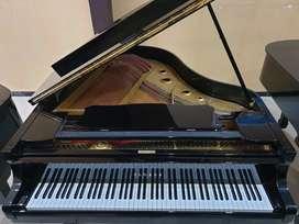 Grand Piano Yamaha G2 - Gold Plate