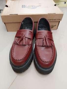 Sepatu doctor marteen