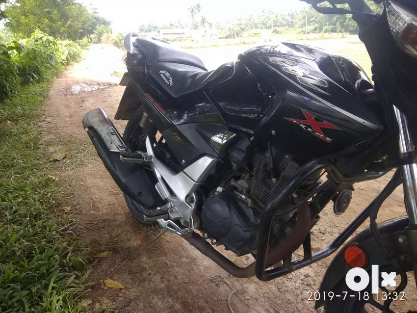 All paper ok ..Tip top condition cbz xtreme 2012 model. 0
