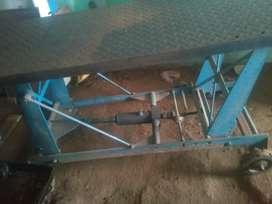 Hydraulic ramp for 2wheeler  price 14500