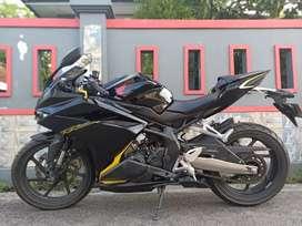 S IKHSAN MOTOR HONDA CBR 250 KM 4000