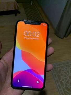 Iphone x 64gb batangan minus face id dan retak belakang
