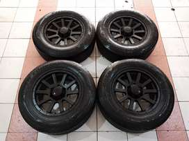 Velg racing ford everest ring 17 pcd 6x139 + ban toyo