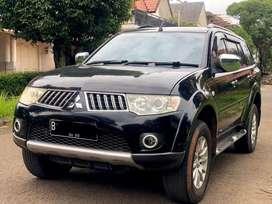 Mitsubishi pajero sport exceed 4x4 A/T Solar Diesel 2010 Low KM