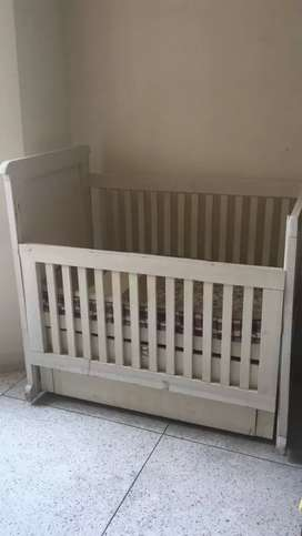 Durable strong wooden Baby cot