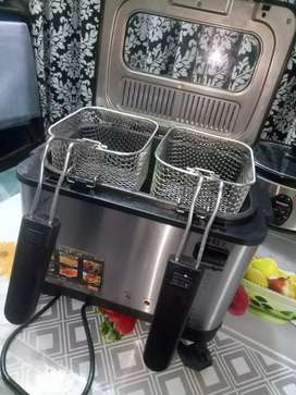 Sinbo deep fryer almost new condition 10/10