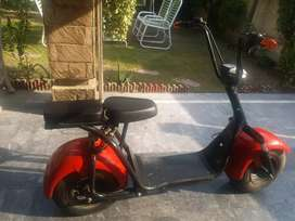 Electric bic, 1& 2 seater, speed 60, charging 3 hours covers 45kms