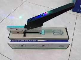 Stapler kenko HD12