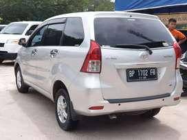 Daihatsu Xenia R 2013 automatic pemakaian pribadi 13 juta tangan 1