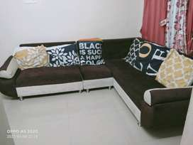 6 seater sofa with cousin pillow good condition
