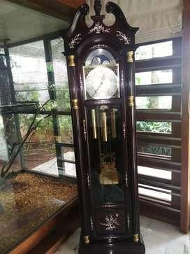 Watch,clock,timepiece,telephone,calculator