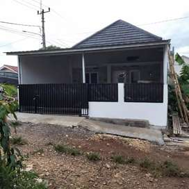 Rumah 1 lantai 349juta free pagar dan Canopy di Sukahati, Cibinong