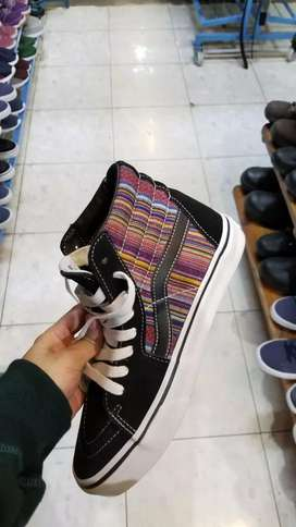 Sepatu vans made in china