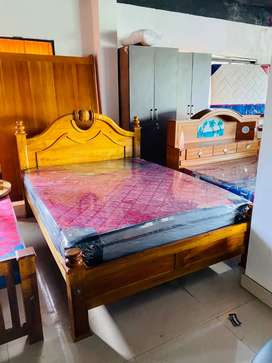 Queen size cot