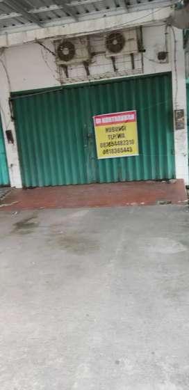 Disewakan Ruko 2 1/2 Lantai Di Pusat Kota Mataram