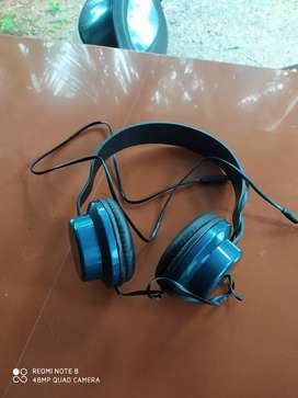 Headset new one with box 6month warranty