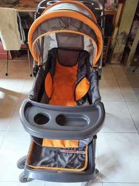 Stroller Kereta bayi baby does jumbo
